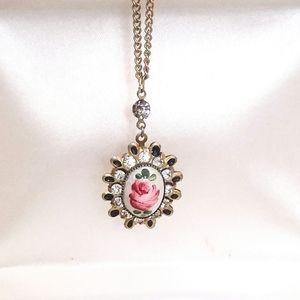 Romantic Rose Necklace | Vintage